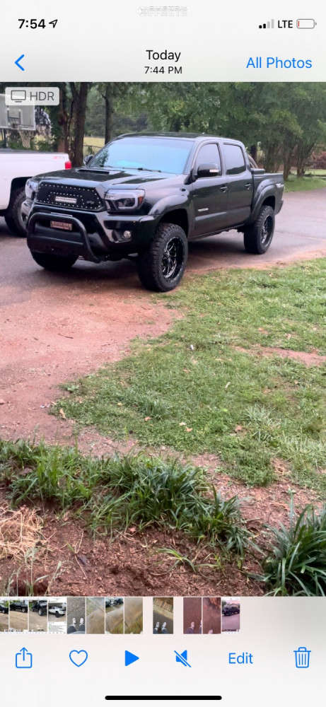 """2015 Toyota Tacoma Aggressive > 1"""" outside fender on 20x10 -18 offset Fuel Triton and 275/55 Kenda Klever R/t on Suspension Lift 3"""" - Custom Offsets Gallery"""