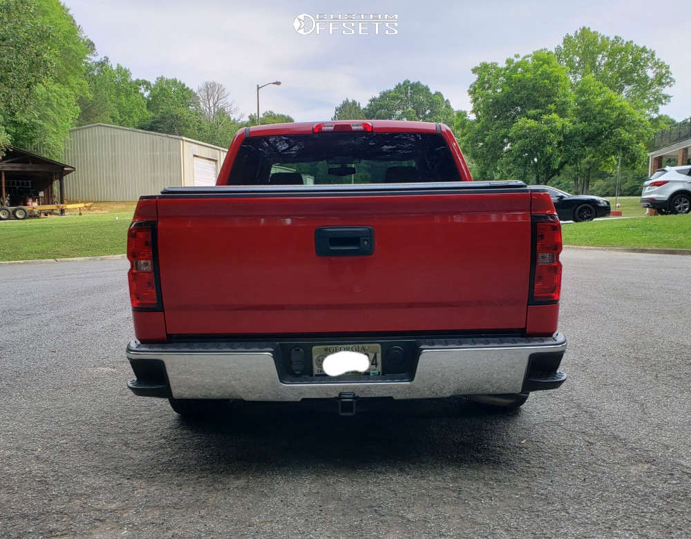 """2016 Chevrolet Silverado 1500 Aggressive > 1"""" outside fender on 22x9.5 30 offset Pinnacle Magnum and 285/45 Goodyear Eagle Touring on Lowered 4F / 6R - Custom Offsets Gallery"""