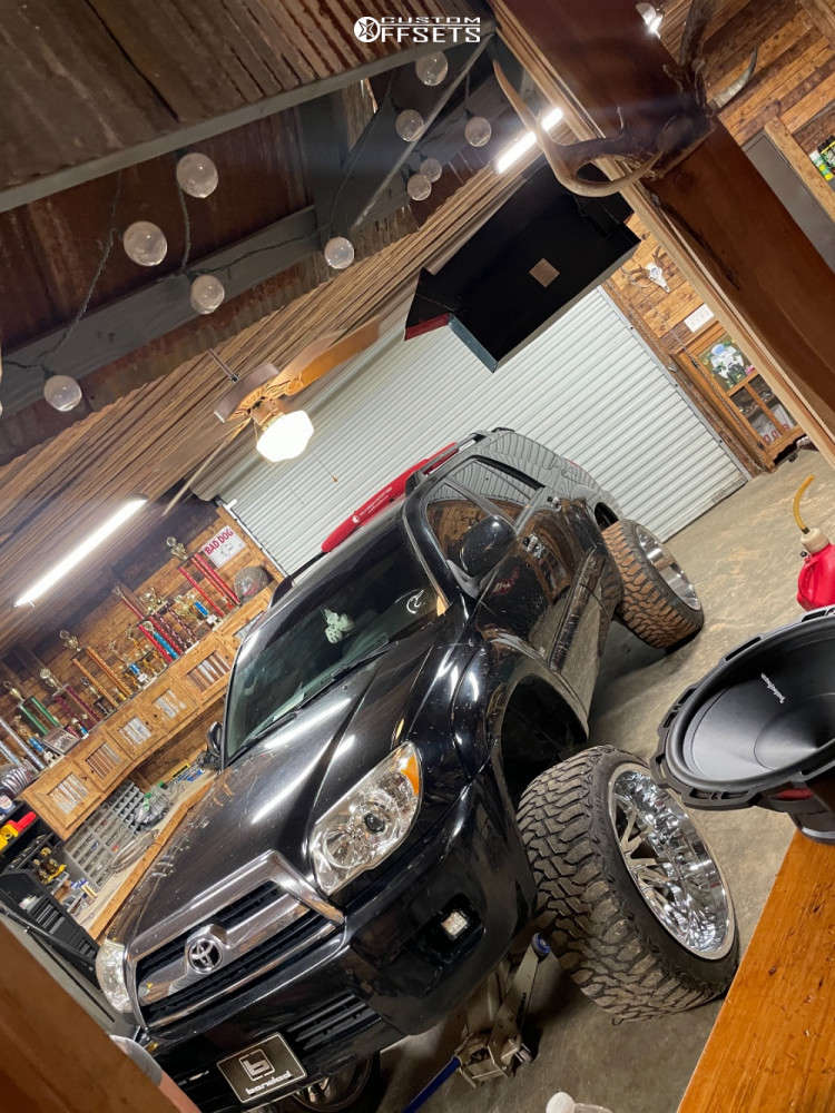 """2006 Toyota 4Runner Aggressive > 1"""" outside fender on 24x14 -72 offset Tuff T2a and 35""""x12.5"""" Haida Mud Champ on Suspension Lift 4.5"""" - Custom Offsets Gallery"""