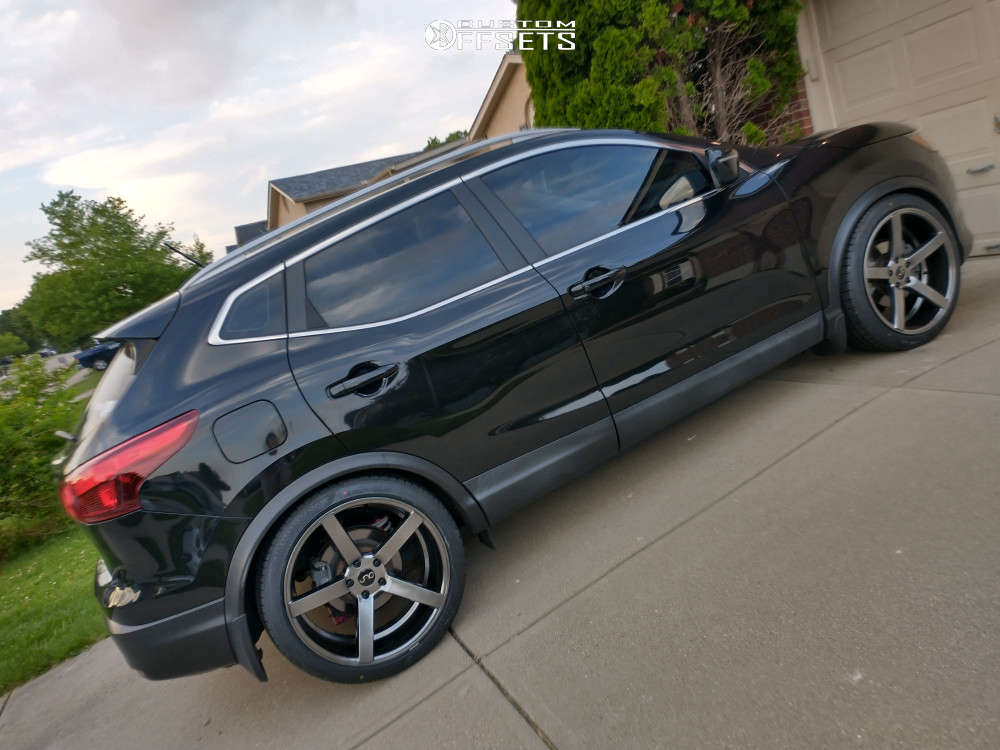 2017 Nissan Rogue Sport Nearly Flush on 20x9.5 32 offset Jnc Jnc026 and 245/40 Nankang Ns-25 on Lowered Adj Coil Overs - Custom Offsets Gallery