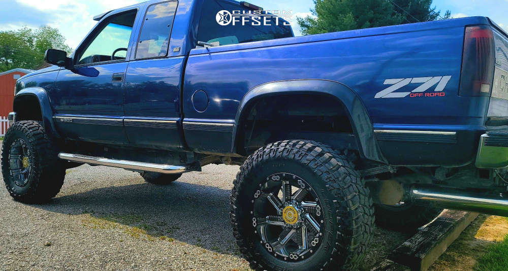 """1995 Chevrolet K1500 Aggressive > 1"""" outside fender on 20x12 -44 offset Moto Metal Mo979 and 38""""x12.5"""" Cooper Discoverer Stt Pro on Suspension Lift 8"""" - Custom Offsets Gallery"""