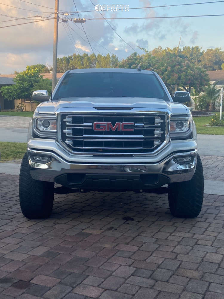 """2018 GMC Sierra 1500 Aggressive > 1"""" outside fender on 20x10 -25 offset Fuel Maverick and 35""""x12.5"""" Nitto Ridge Grappler on Suspension Lift 6.5"""" - Custom Offsets Gallery"""