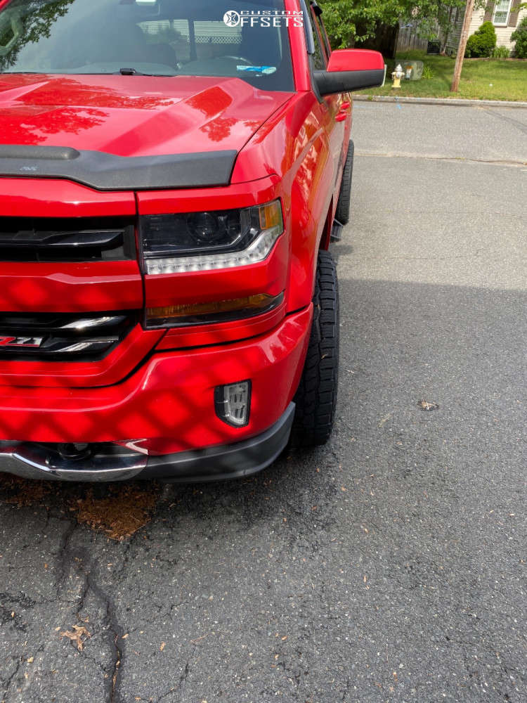 """2017 Chevrolet Silverado 1500 Aggressive > 1"""" outside fender on 22x10.5 -25 offset BMF Hustle-r and 285/45 Cooper Discoverer At3 4s on Stock - Custom Offsets Gallery"""