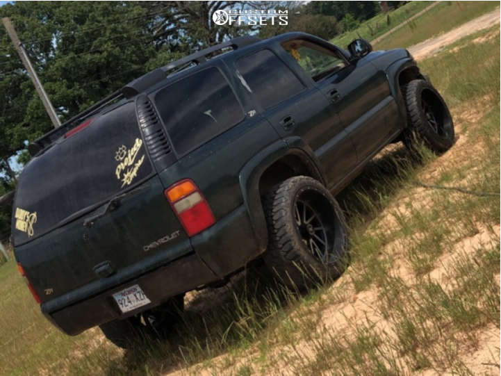 """2003 Chevrolet Tahoe Aggressive > 1"""" outside fender on 22x12 -44 offset Extreme Force Twist and 33""""x12.5"""" Mud Tracker M/t on Stock Suspension - Custom Offsets Gallery"""