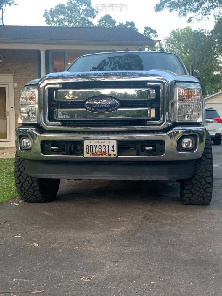 """2016 Ford F-350 Super Duty Aggressive > 1"""" outside fender on 22x10 -19 offset Vision Rocker and 35""""x12.5"""" Kenda Klever R/t on Leveling Kit - Custom Offsets Gallery"""