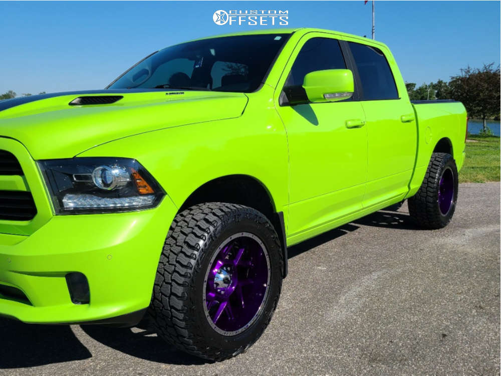 """2017 Ram 1500 Aggressive > 1"""" outside fender on 20x10 -24 offset Vision Sliver and 33""""x12.5"""" Mickey Thompson Baja Boss A/t on Stock - Custom Offsets Gallery"""