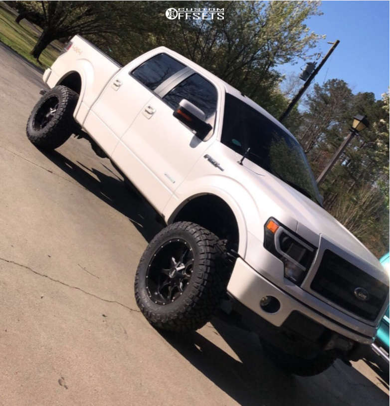 """2011 Ford F-150 Aggressive > 1"""" outside fender on 20x10 -18 offset Moto Metal Mo970 and 35""""x12.5"""" Nitto Ridge Grapplers on Suspension Lift 6"""" - Custom Offsets Gallery"""