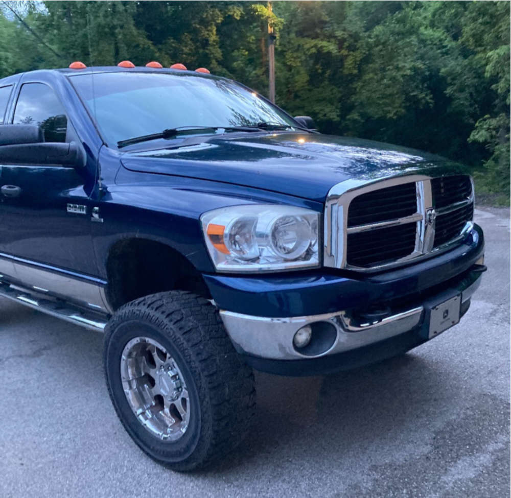 """2008 Dodge Ram 2500 Aggressive > 1"""" outside fender on 20x12 0 offset Moto Metal N/a and 37""""x12.5"""" Dick Cepek Fun Country on Suspension Lift 6"""" - Custom Offsets Gallery"""