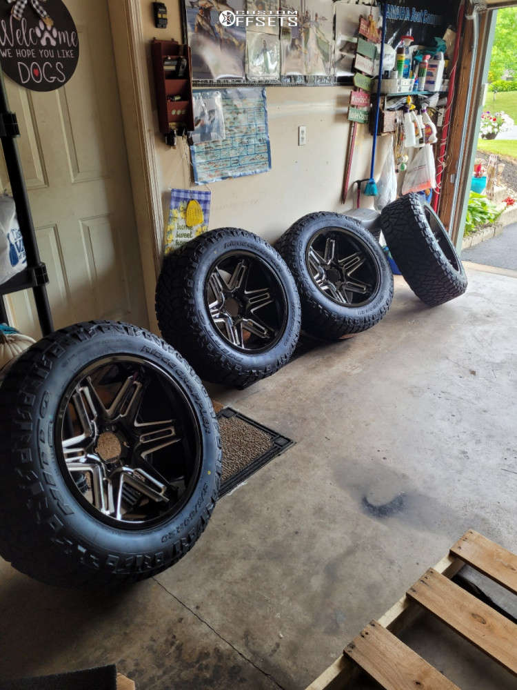 """2019 Ram 1500 Aggressive > 1"""" outside fender on 20x10 -24 offset Vision Razor and 32""""x10.5"""" Nitto Ridge Grappler on Stock Suspension - Custom Offsets Gallery"""