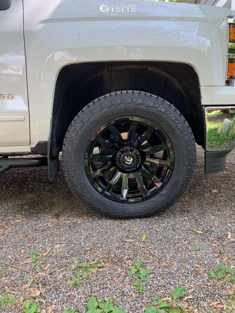 2015 Chevrolet Silverado 1500 Slightly Aggressive on 20x9 1 offset Fuel Blitz and 275/60 Pirelli Scorpion All Terrain Plus on Leveling Kit - Custom Offsets Gallery