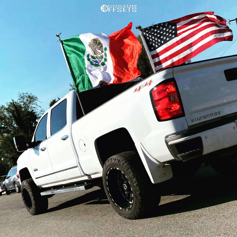 """2016 Chevrolet Silverado 2500 HD Aggressive > 1"""" outside fender on 20x12 -44 offset Tis Forged 544bm and 33""""x12.5"""" Nitto Ridge Grapplers on Leveling Kit - Custom Offsets Gallery"""