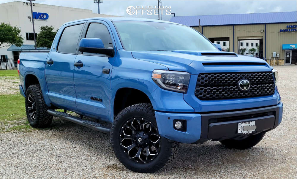 """2021 Toyota Tundra Aggressive > 1"""" outside fender on 20x9 20 offset Fuel Assault and 275/60 Nitto Ridge Grappler on Leveling Kit - Custom Offsets Gallery"""