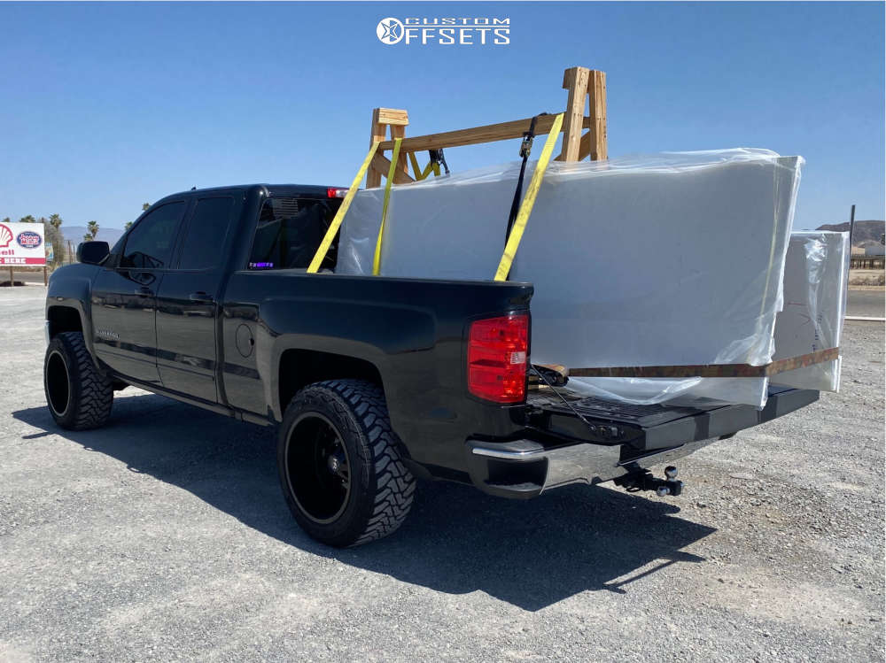 """2018 Chevrolet Silverado 1500 Aggressive > 1"""" outside fender on 20x12 -44 offset Hardrock Crusher H704 and 33""""x12.5"""" ACCELERA M/t on Leveling Kit - Custom Offsets Gallery"""