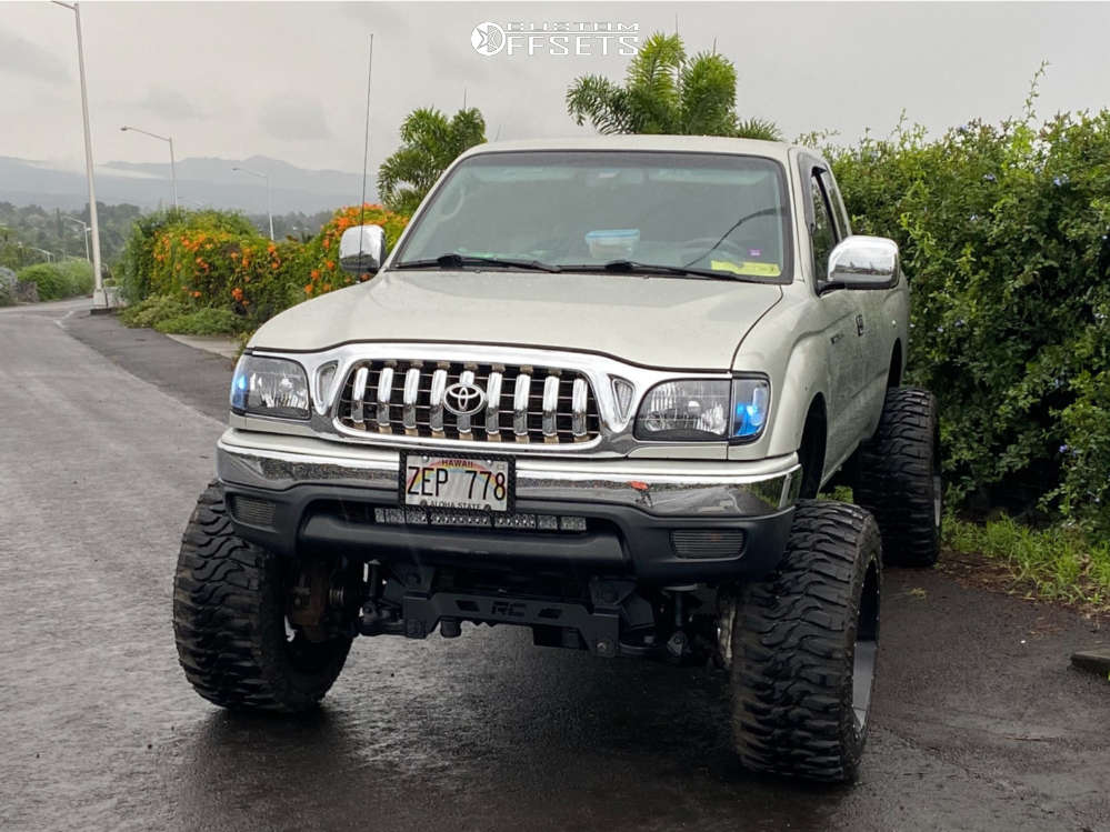"""2004 Toyota Tacoma Aggressive > 1"""" outside fender on 20x12 -55 offset Vision Sliver 360 and 33""""x12.5"""" XComp Gladiator on Suspension Lift 8"""" - Custom Offsets Gallery"""