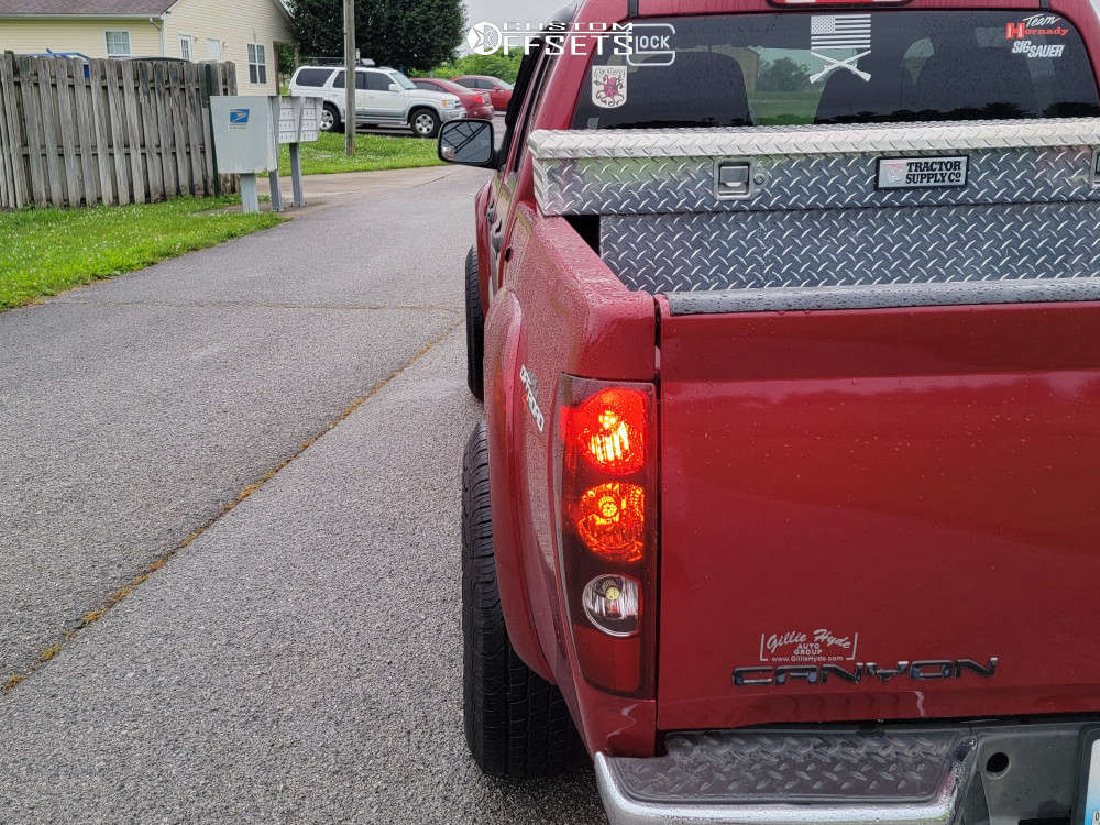 """2006 GMC Canyon Aggressive > 1"""" outside fender on 15x8 -19 offset Vision Soft 8 and 265/75 Mastercraft Courser Hsx Tour on Stock Suspension - Custom Offsets Gallery"""