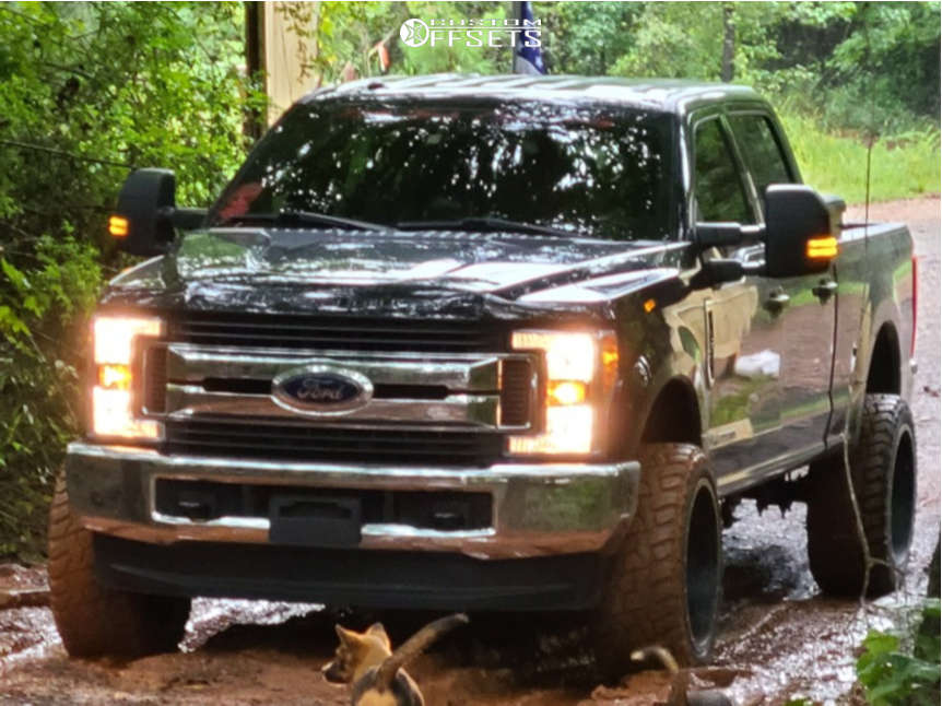 """2019 Ford F-250 Super Duty Super Aggressive 3""""-5"""" on 22x12 -40 offset Fuel Big Nutz and 33""""x13.5"""" Supermax R/t on Leveling Kit - Custom Offsets Gallery"""