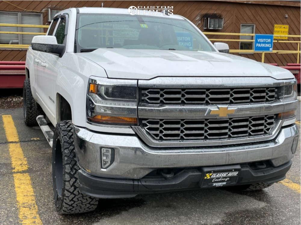 "2016 Chevrolet 1500 Aggressive > 1"" outside fender on 20x10 -22 offset Vision Rocker 412 and 33""x12.5"" Venom Terra Hunter R/t on Leveling Kit - Custom Offsets Gallery"
