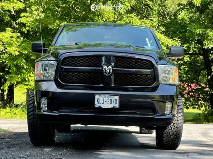 """2017 Ram 1500 Super Aggressive 3""""-5"""" on 20x12 -51 offset Vision 360 and 33""""x12.5"""" Kanati Terra Commander Rtx on Leveling Kit - Custom Offsets Gallery"""
