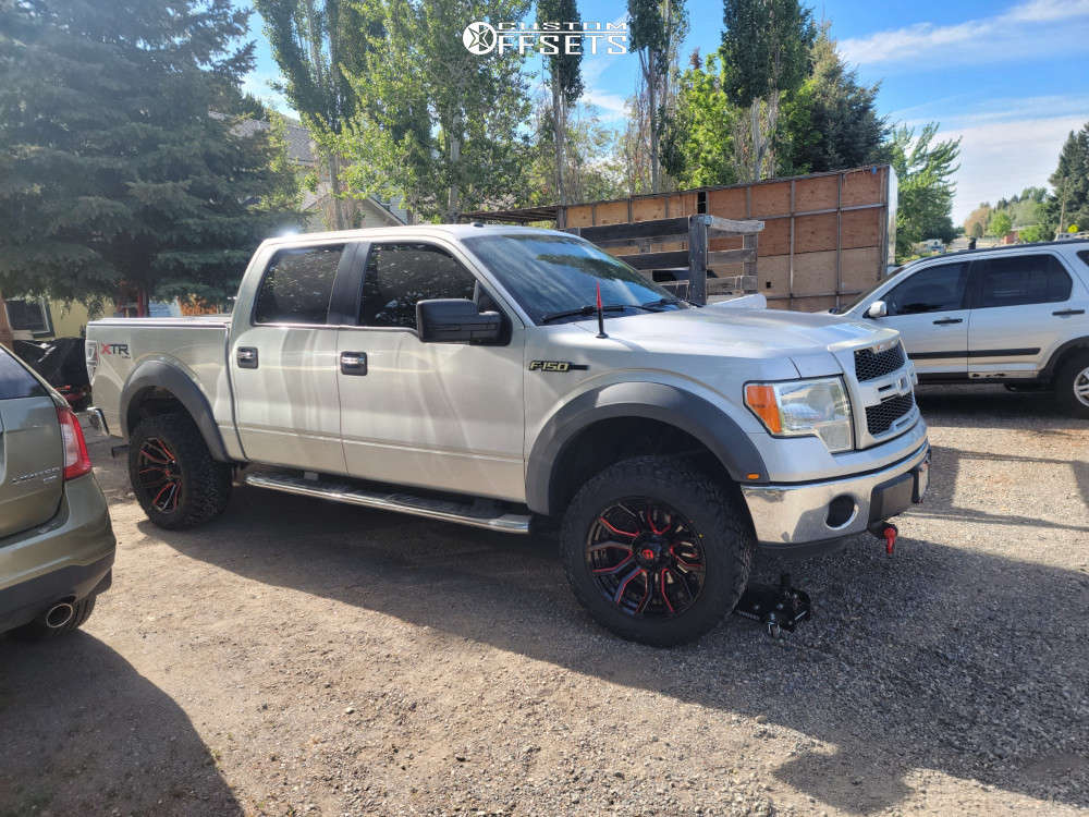 """2011 Ford F-150 Aggressive > 1"""" outside fender on 20x10 -18 offset Fuel Rage and 33""""x12.5"""" Venom Power Terra Hunter Mt on Suspension Lift 2.5"""" - Custom Offsets Gallery"""