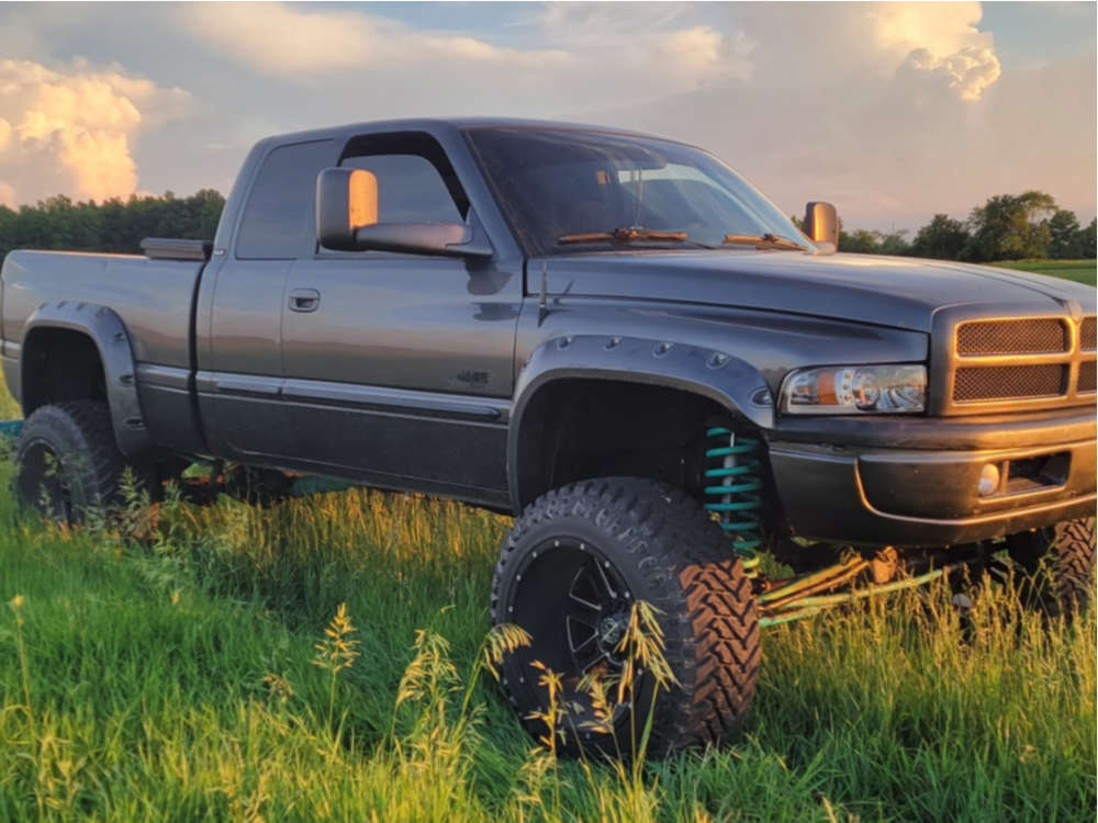 """2002 Dodge Ram 2500 Aggressive > 1"""" outside fender on 22x14 -77 offset Scorpion Sc18 and 37""""x13.5"""" Atturo Trail Blade Mt on Suspension Lift 5"""" - Custom Offsets Gallery"""