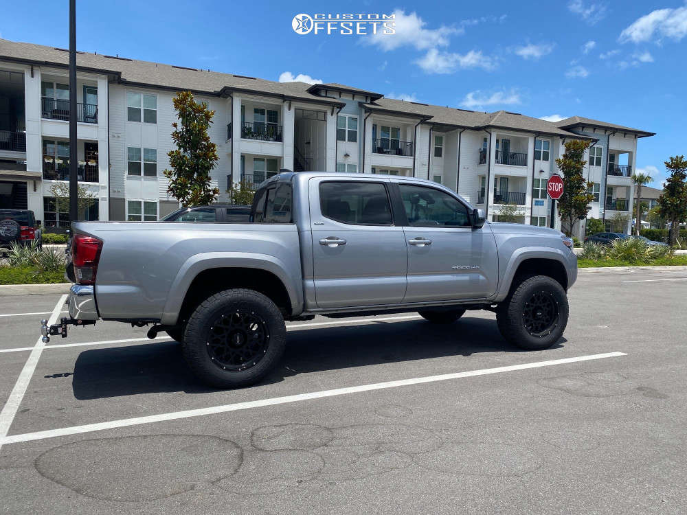 """2019 Toyota Tacoma Slightly Aggressive on 18x9 -12 offset Vision Rocker and 32""""x10.5"""" Toyo Open Country A/t Iii on Leveling Kit - Custom Offsets Gallery"""