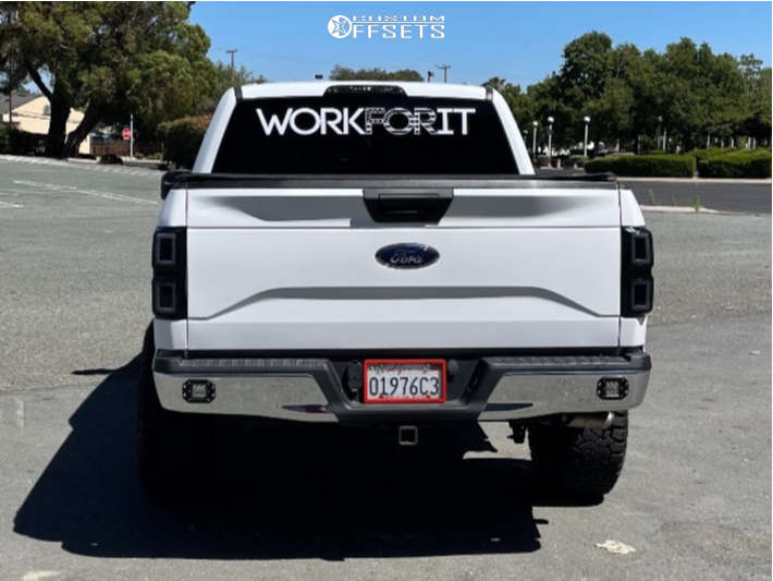 """2016 Ford F-150 Aggressive > 1"""" outside fender on 20x10 24 offset Moto Metal Mo970 and 33""""x12.5"""" Fury Country Hunter Rt on Stock Suspension - Custom Offsets Gallery"""