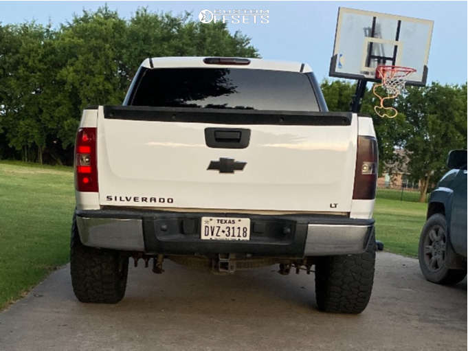 """2009 Chevrolet Silverado 1500 Super Aggressive 3""""-5"""" on 20x12 44 offset Moto Metal 962 and 33""""x12.5"""" Amp Terrain Attack At A on Suspension Lift 4"""" - Custom Offsets Gallery"""