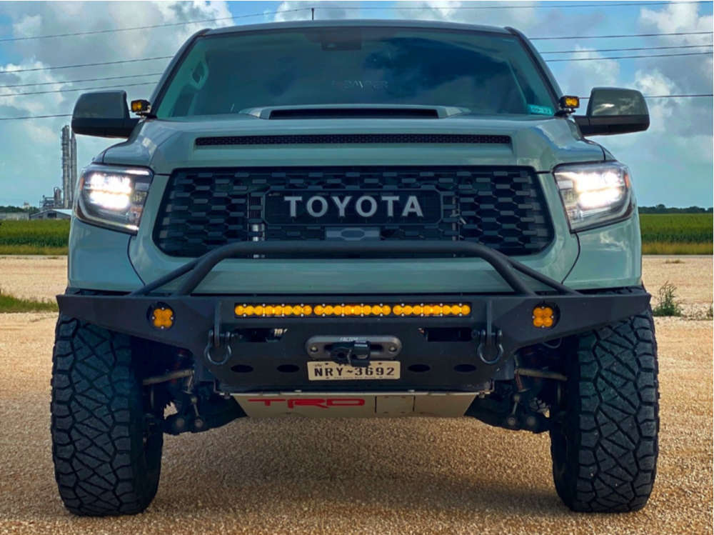"""2021 Toyota Tundra Aggressive > 1"""" outside fender on 17x9 0 offset Fifteen52 Offroad Turbomac Hd and 37""""x12.5"""" Nitto Ridge Grapplers on Leveling Kit - Custom Offsets Gallery"""