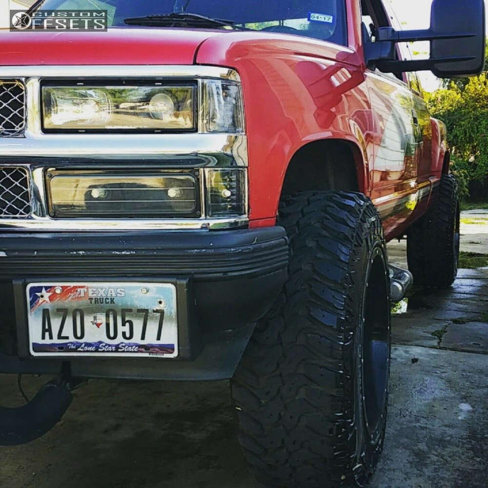 "1994 Chevrolet K1500 Super Aggressive 3""-5"" on 20x12 -44 offset Moto Metal MO962 & 35""x12.5"" Lexani Mud Beast MT on Body Lift 3"" - Custom Offsets Gallery"
