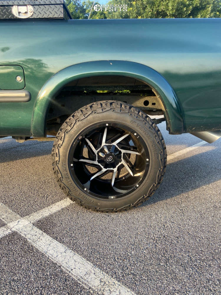 """2000 Toyota Tundra Aggressive > 1"""" outside fender on 20x12 -44 offset Vision Prowler and 33""""x12.5"""" Venom Power Terra Hunter X/t on Suspension Lift 2.5"""" - Custom Offsets Gallery"""