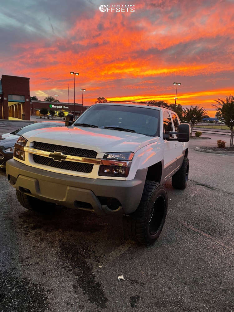 """2002 Chevrolet Avalanche 1500 Aggressive > 1"""" outside fender on 20x12 -44 offset Hardrock Gunner & 35""""x12.5"""" Federal Couragia M/t on Suspension Lift 6"""" - Custom Offsets Gallery"""