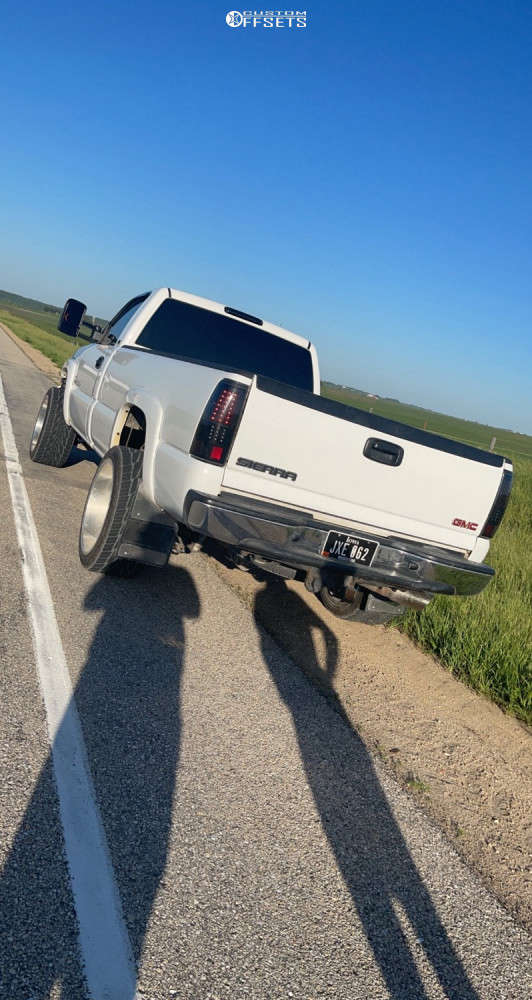 """2005 GMC Sierra 2500 HD Classic Aggressive > 1"""" outside fender on 22x12 -40 offset American Force Trax Ss & 305/45 Toyo Proxes on Stock Suspension - Custom Offsets Gallery"""