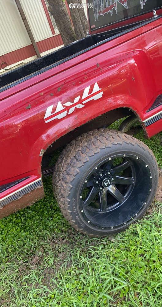 "1990 Chevrolet K1500 Hella Stance >5"" on 22x14 -76 offset Hostile Alpha & 33""x12.5"" AMP Terrain Attack At A on Leveling Kit - Custom Offsets Gallery"
