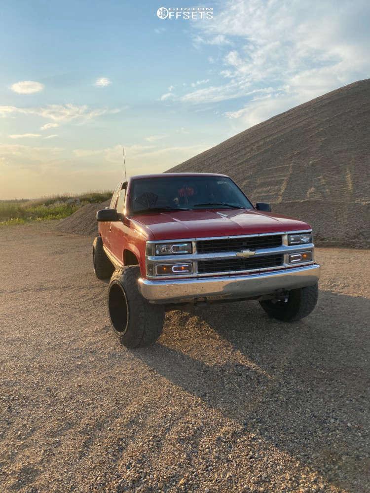 "1996 Chevrolet K1500 Super Aggressive 3""-5"" on 20x14 -76 offset Fuel Maverick D610 & 285/60 Nitto Ridge Grappler on Leveling Kit - Custom Offsets Gallery"