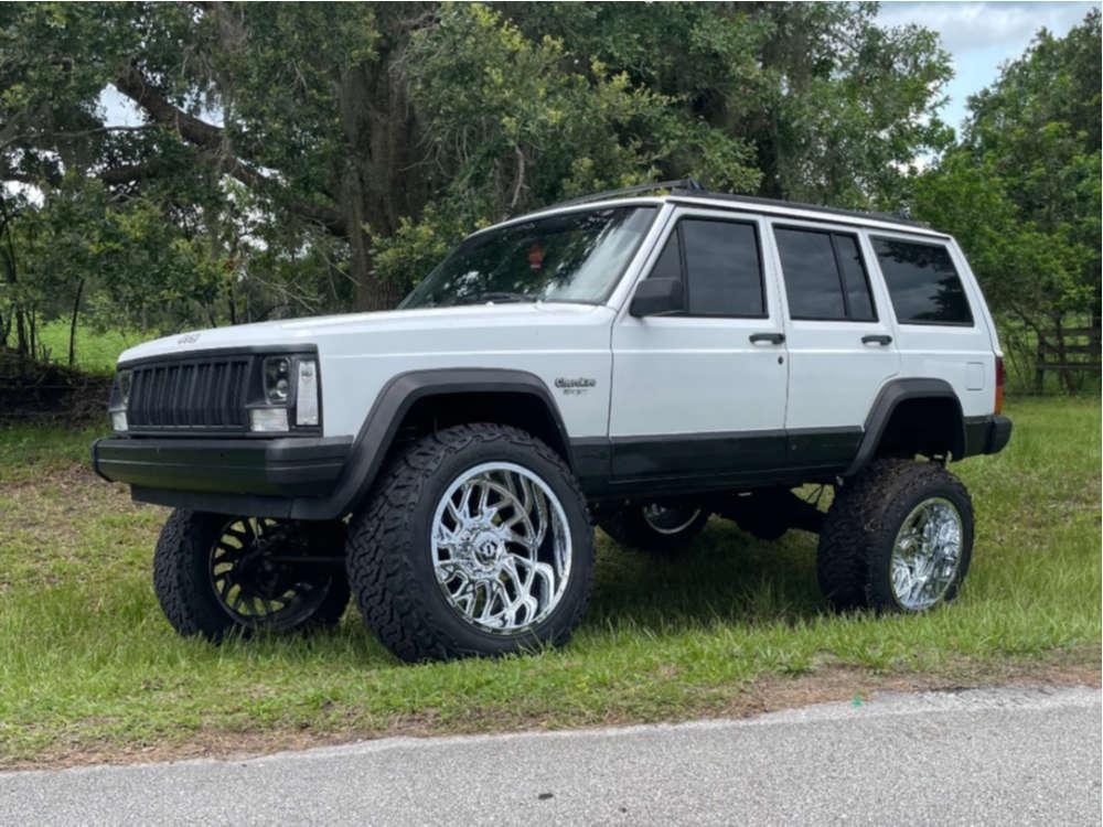 "1993 Jeep Cherokee Aggressive > 1"" outside fender on 20x12 0 offset TIS 544c & 33""x12.5"" Venom Terra Hunter X/t on Suspension Lift 6.5"" - Custom Offsets Gallery"
