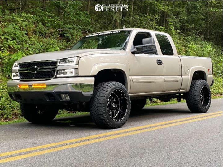 "2007 Chevrolet Silverado 1500 Classic Aggressive > 1"" outside fender on 20x12 -44 offset TIS 544bm & 33""x12.5"" Nitto Ridge Grapplers on Suspension Lift 4"" - Custom Offsets Gallery"