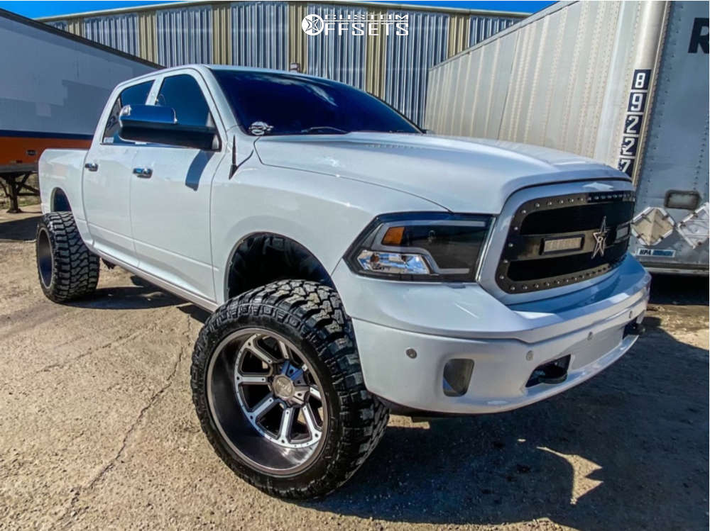 """2018 Ram 1500 Aggressive > 1"""" outside fender on 22x14 -76 offset Moto Metal Mo984 & 35""""x15.5"""" Fury Country Hunter Mt2 on Suspension Lift 6"""" - Custom Offsets Gallery"""
