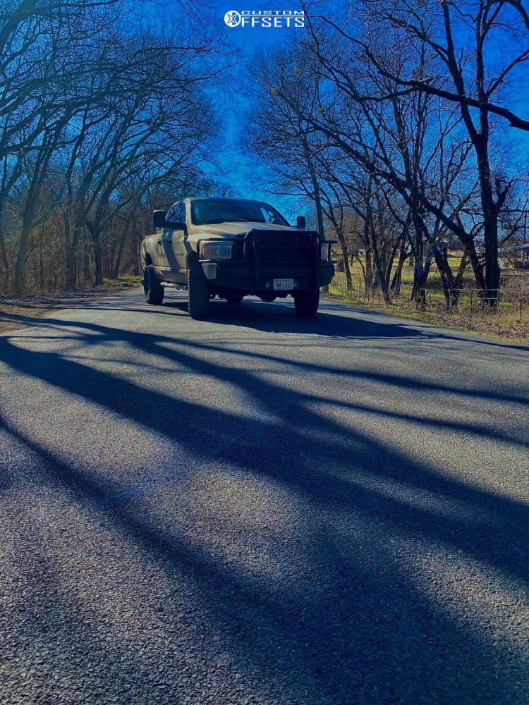 """2005 Dodge Ram 2500 Aggressive > 1"""" outside fender on 22x14 -81 offset Hostile Fury & 35""""x14.5"""" Toyo Open Country A/t Ii on Stock - Custom Offsets Gallery"""