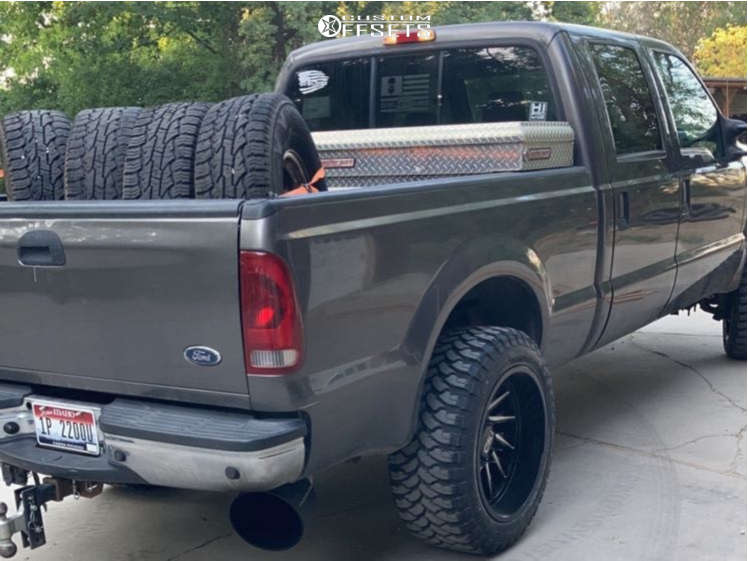 """2004 Ford F-250 Super Duty Super Aggressive 3""""-5"""" on 22x12 -44 offset Cali Off Road 9114 Purge & 35""""x12.5"""" Comforser Cf3000 on Leveling Kit - Custom Offsets Gallery"""