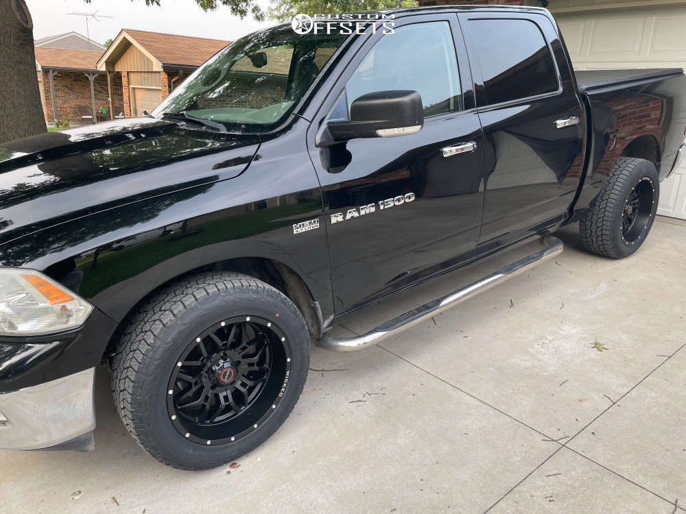 """2012 Ram 1500 Aggressive > 1"""" outside fender on 20x10 -24 offset Wicked Offroad W909 and 33""""x55"""" Hankook Dynapro At2 on Leveling Kit - Custom Offsets Gallery"""