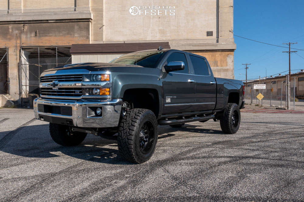 """2018 Chevrolet Silverado 2500 HD Slightly Aggressive on 20x10 0 offset Fuel Sledge D595 and 35""""x12.5"""" Toyo Open Country R/t on Suspension Lift 6"""" - Custom Offsets Gallery"""
