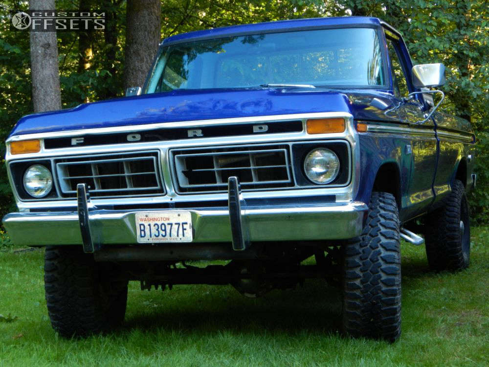 """1976 Ford F-250 Aggressive > 1"""" outside fender on 16x10 -25 offset Raceline Renegade 8 and 315/75 Maxxis Big Horn on Stock - Custom Offsets Gallery"""
