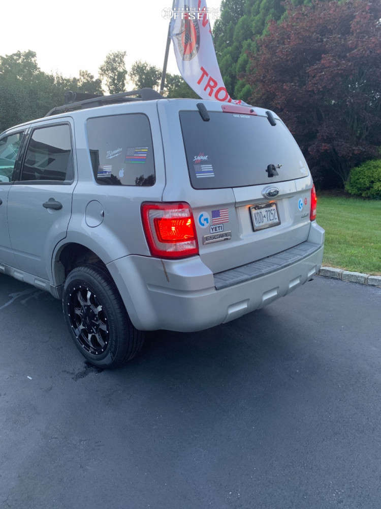 2009 Ford Escape Flush on 17x8 40 offset Moto Metal Mo970 & 215/65 Falken Sincera Sn250 A/s on Stock Suspension - Custom Offsets Gallery