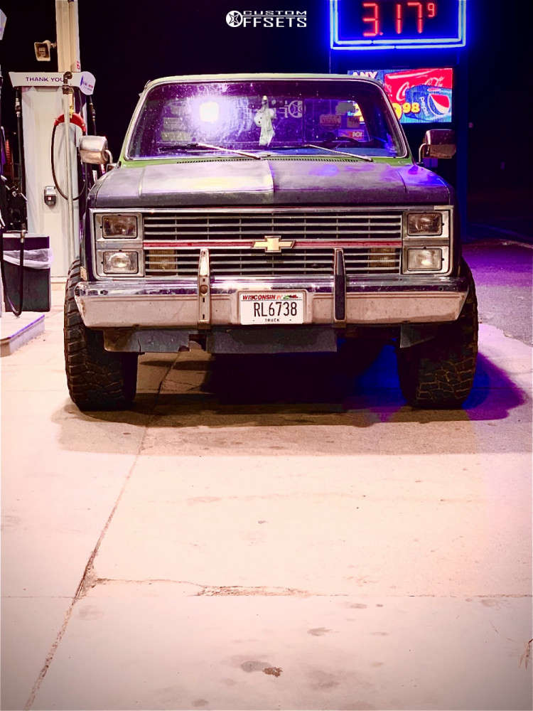 "1985 Chevrolet K20 Pickup Super Aggressive 3""-5"" on 20x12 -44 offset Moto Metal Mo970 & 35""x12.5"" Landspider Wildtraxx M/t on Stock Suspension - Custom Offsets Gallery"