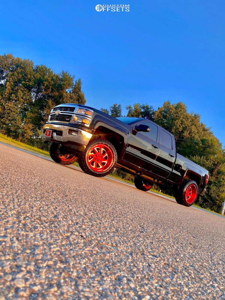"""2015 Chevrolet Silverado 1500 Aggressive > 1"""" outside fender on 22x12 44 offset Monster Offroad M07 & 35""""x12.5"""" Supermax R/t on Leveling Kit - Custom Offsets Gallery"""