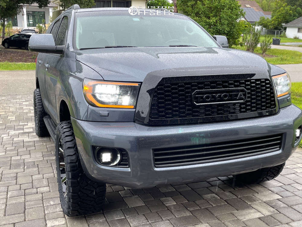"""2010 Toyota Sequoia Aggressive > 1"""" outside fender on 20x9 1 offset Fuel Contra & 33""""x12.5"""" Nitto Ridge Grapplers on Suspension Lift 3"""" - Custom Offsets Gallery"""