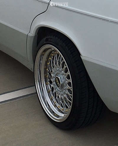 1991 Mercedes-Benz 190E Nearly Flush on 17x8 0 offset BBS Rs & 205/40 Arroyo Grand Sport A/s on Coilovers - Custom Offsets Gallery