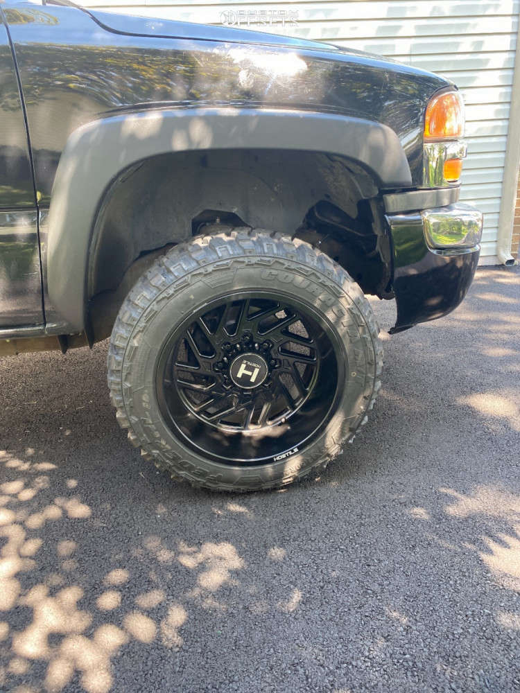 """2006 GMC Sierra 2500 HD Super Aggressive 3""""-5"""" on 20x12 -44 offset Hostile Jigsaw & 33""""x12.5"""" Federal Couragia M/t on Leveling Kit - Custom Offsets Gallery"""