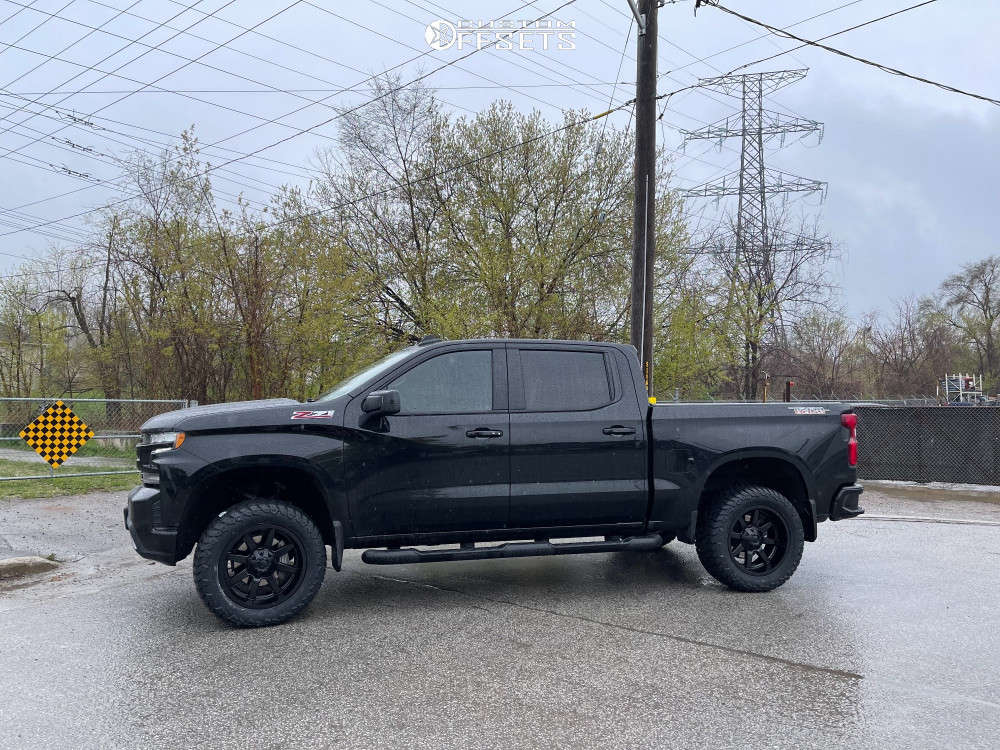 """2021 Chevrolet Silverado 1500 Aggressive > 1"""" outside fender on 20x10 -24 offset Fuel Maverick D536 & 33""""x12.5"""" AMP Terrain Attack At A on Suspension Lift 4"""" - Custom Offsets Gallery"""