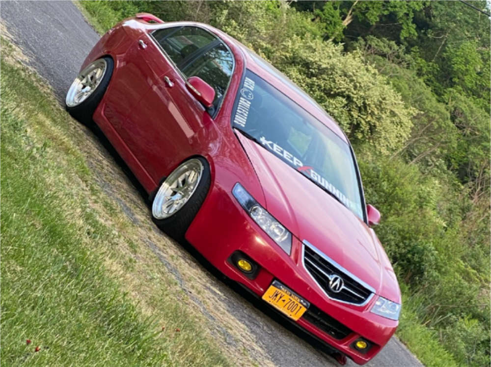 2005 Acura TSX Poke on 18x9.5 22 offset Aodhan Ds06 & 215/35 Federal 595 on Coilovers - Custom Offsets Gallery